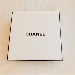 CHANEL Other - 🖤Chanel Gift Storage Box